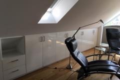 Schrank-unter-Dachschräg
